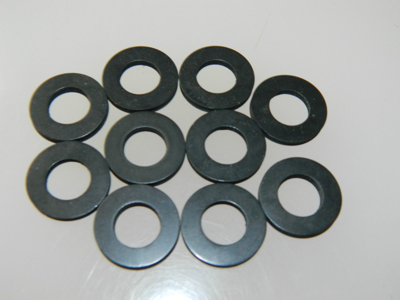 10 x Rubber Flat Washers Fit Bolt Size M10 Cushioning Washer